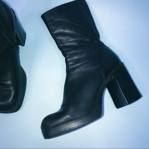 VTG 90s Steve Madden Leather Booties